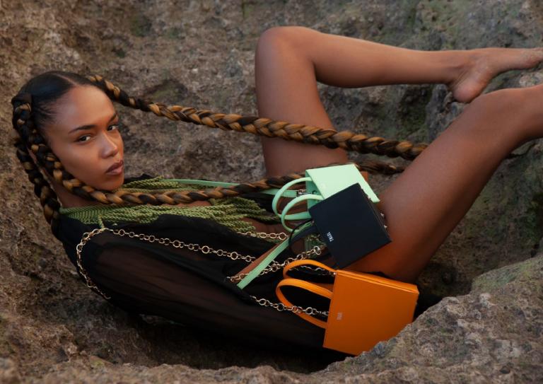 Soyez minimaliste et alternatif avec la maroquinerie de Talel Paris
